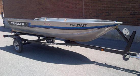 Fishing Boat Rentals Toronto | Rent Aluminum Boats near Lake